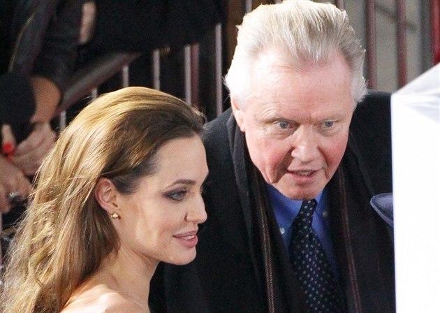 Angelina Jolie a její otec Jon Voight