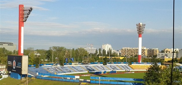 DO�ASNÝ DOMOV. Stadion Pasienky je te� domovem Slovanu Bratislava, jak napovídá...