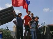 Doněcké děti na demonstraci proruských separatistů v centru města (24. srpna...