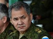 Ruský ministr obrany Sergej �ojgu na archivním snímku.