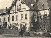 Novojičínská vila rodiny Hückelů ve dvacátých letech minulého století. Před...