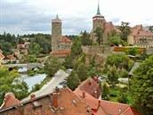 Vyhlídka z Friedensbrücke - nalevo v� Staré vodárny, uprost�ed kostel svatého...