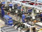 V No�ovicích Hyundai Mobis vyrábí na �ty�ech linkách montá�ní celky p�edních a...