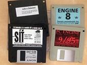 Zavirovaná propagační disketa k filmu Síť a disketový magazín PC Engine