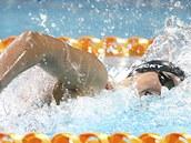 Americká plavkyn� Katie Ledecká závodí na Panpacifickém �ampionátu v