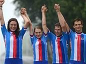 �e�tí zlatí medailisté. Zleva  Barbora Pr�dková, Nikola Nosková, Jan Rajchart a...