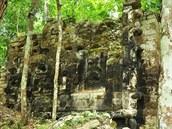 Objevené mayské m�sto Lagunita je tvo�eno mno�stvím obrovských palác� a...