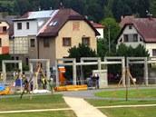 V Koberovech staví ob�í kolonádu, která se stane informa�ním st�ediskem.