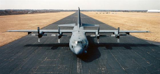 Letitý AC-130A, 54-1630, zaútočil dva dny před ukončením operace Pouštní bouře na irácké vojenské kolony tanků, obrněných vozidel a nákladních aut, ustupující po dálnici z Kuvajtu na Basru. Přes silnou protileteckou obranu napadených cílů utrpěly tyto výrazné ztráty (ve válečném románu by psali, že nekonečné kolony po zuby ozbrojených nepřátel byly rozmetány).