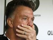 NEDAŘÍ SE. Nový trenér Louis van Gaal nezažívá s Manchesterem United vydařený
