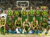 Brazilský výb�r pro mistrovství sv�ta basketbalist� 2014. S �íslem 4 nejstar�í...