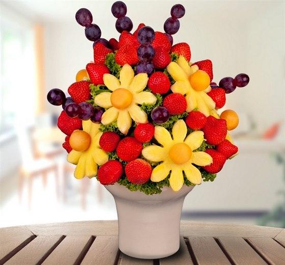Darujte zdrav� � kytici Frutiko z �erstv�ho ovoce a prav� belgick� �okol�dy.