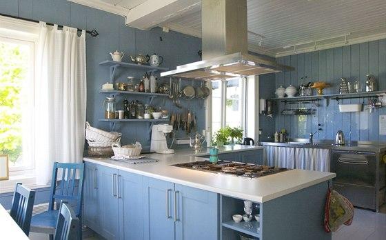 Kuchyň s výhledem patří k nejoblíbenějším místům majitelky. Zvládne tu