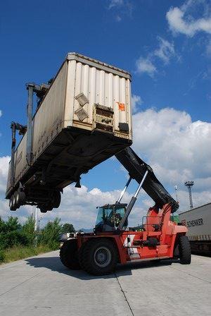 Mohou se kamiony z D1 stát šancí pro železnici?