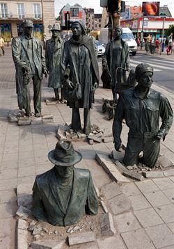 Připomínka Solidarity v ulicích Vratislavi. Polský umělec Jerzy Kalina...