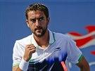 Chorvatsk� tenista Marin �ili� se raduje ze zisku prvn�ho setu ve �tvrtfin�le...
