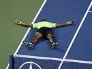 ANDĚLÍČEK. Francouzský tenista Gaël Monfils se v jednu chvíli ve čtvrtfinále US...