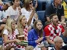Skupinka chorvatských fanoušků podporuje tenistu Marina Čiliče ve finále US...