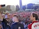 Polští volejbalisté po vítězném utkání navštívili diváky ve fanzóně.