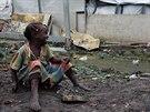 Nejmladšímu státu na světě hrozí humanitární katastrofa obrovských rozměrů.