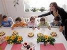 K narozenin�m dostalo ka�d� ze sourozenc� vlastn� dort�k.