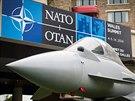 Expozice britské vojenské techniky, konkrétně letoun Eurofighter Typhoon, před...