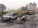 Pohled na vážnou dopravní nehodu u Frýdku-Místku. (1. září 2014)