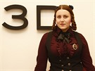 Margueritte se zálibou v alternativní módě a steampunku, sošku věnovala...