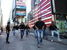 Hradecká taneční skupina T-Bass na Times Square v New Yorku.