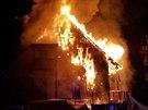 Požár patrového penzionu ve výstavbě ve Špindlerově Mlýně. (8. 9. 2014)