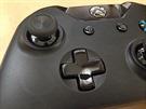 Xbox One ovladač a vylepšený d-pad