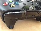 Xbox One ovladač a zadní upravená tlačítka