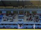 Na Novou tribunu ústeckého stadionu se mohli v zápase s Libercem poprvé posadit...