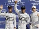 Tři nejlepší z kvalifikace na Velkou cenu Itálie formule 1. Zleva druhý Nico...