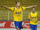 Teplický fotbalista David Jablonský slaví svůj gól.