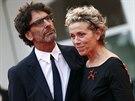 Frances McDormandová pózuje se svým manželem Joelem Coenem na festivalu v...