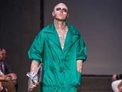 Kanadský umělec model Rick Genest, přezdívaný Zombie Boy, na přehlídce Antonín...