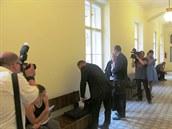 Léka� Pavel Brejla v úterý vypovídal u M�stského soudu v Praze.