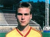 TO UŽ JE LET... Pavel Nedvěd před sezonou 1991/92, kterou strávil v dresu Dukly...