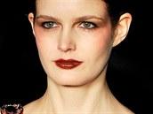 Anglický návrhář Matthew Williamson se proslavil ženskými modely, které...