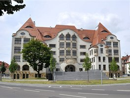 Gymnázium v Erfurtu prošlo po útoku tříletou rekonstrukcí, od roku 2005 opět