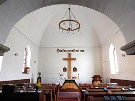 V Přední synagoze má dnes modlitebnu církev husitská.