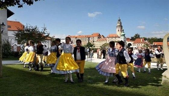 Svatováclavské slavnosti přinesou do Českého Krumlova folklor z Rumunska,
