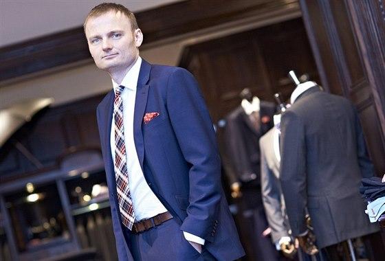Pavel Čmelík přivedl do Česka věhlasného výrobce oblečení pro byznys T. M....