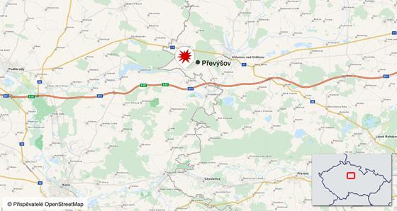 V neděli v noci vykolejil u Převýšova na Královéhradecku nákladní vlak.