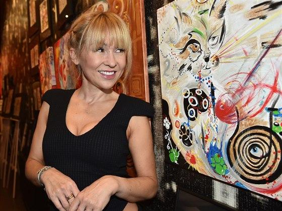 Kateřina Hrachovcová se představila tentokrát jako výtvarnice.