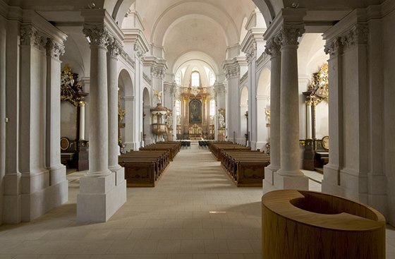 Piaristický chrám Nalezení svatého Kříže v Litomyšli po rekonstrukci, kterou navrhl Marek J. Štěpán