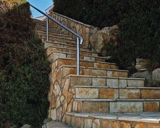 Elegantní zahradní schodiště z chorvatského kamene Salič.