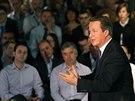 Britský premiér David Cameron mluví k občanům Edinburghu. (10.září 2014)