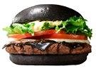 �ern� hamburger Kuro Diamond, jedna z novinek americk�ho Burger Kingu v...